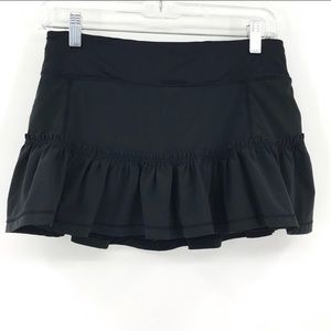 🍋 Lululemon Black tennis skirt size 4